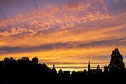 Abendhimmel über Lindenfels, Odenwald, Hessen, Deutschland   Evening sky over Lindenfels, Odenwald, Hesse, Germany