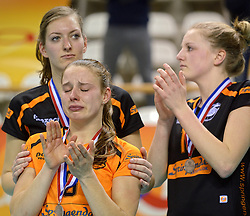 21-02-2016 NED: Bekerfinale Eurosped TVT - Set Up 65, Almere<br /> Eurosped pakt de beker door Set Up in de finale met 3-1 te verslaan / Teleurstelling bij Jorinda Kremer #9
