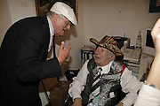 DAVID HOCKNEY AND GEORGE MELLY, Celebrating George Melly at 80: Aspects of his Collection. The Mayor Gallery. Cork St. London. 17 August 2006. ONE TIME USE ONLY - DO NOT ARCHIVE  © Copyright Photograph by Dafydd Jones 66 Stockwell Park Rd. London SW9 0DA Tel 020 7733 0108 www.dafjones.com