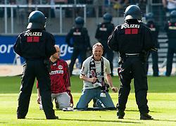 07.05.2011, Commerzbank-Arena, Frankfurt, GER, 1. FBL, Eintracht Frankfurt vs 1.FC Koeln, im Bild 2 Chaoten werden von der Polizei gestellt, EXPA Pictures © 2011, PhotoCredit: EXPA/ nph/  Roth       ****** out of GER / SWE / CRO  / BEL ******