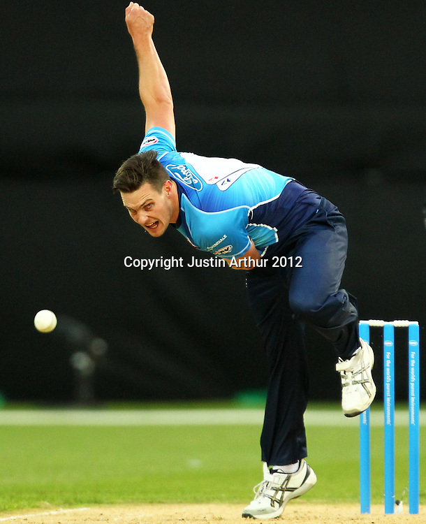 Aces' Mitchell McClenaghan during the 2012/2013 HRV Cup Twenty20 session. Wellington Firebirds v Auckland Aces at Westpac Stadium, Wellington, New Zealand on Friday 16 November 2012. Photo: Justin Arthur / photosport.co.nz