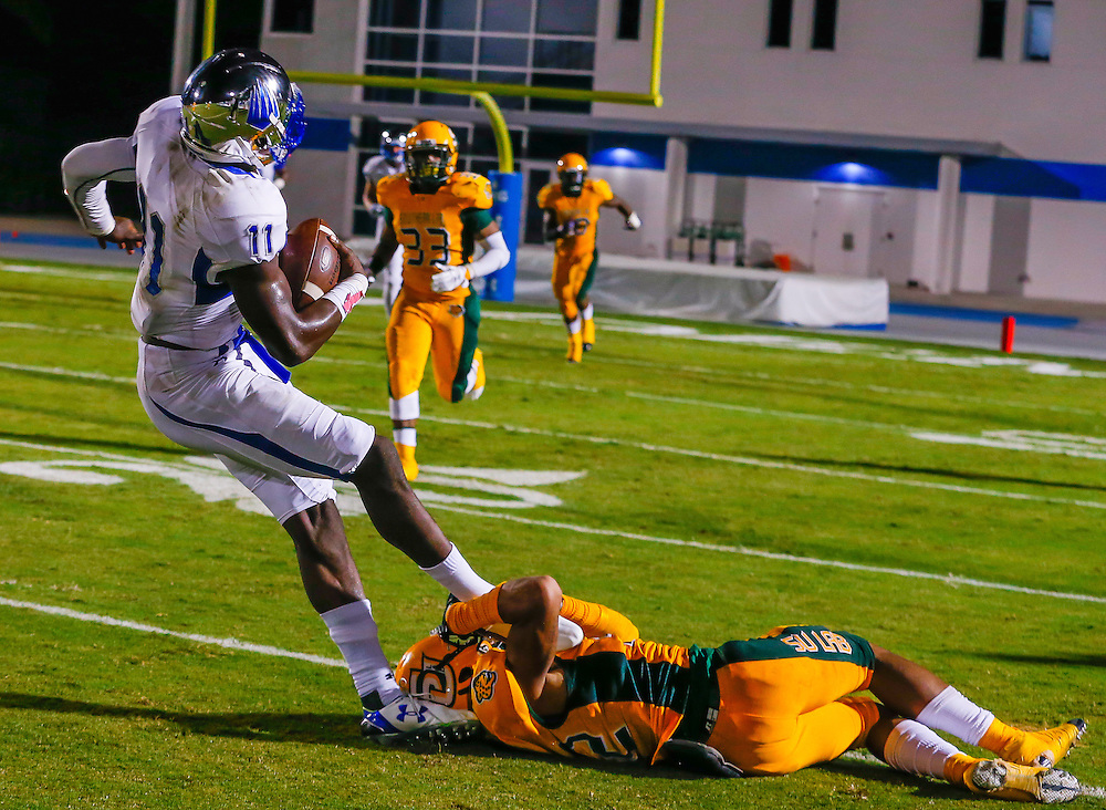 No. 9 IMG Academy defeats Southern Lab  42-0 for the first shutout of the season in Bradenton, Fla., on Friday, October 9, 2015. IMG is the world's largest and most advanced multi-sport and education complex for youth, collegiate, professional and adult athletes. / (October 9, 2015; IMG Photo by Casey Brooke Lawson)