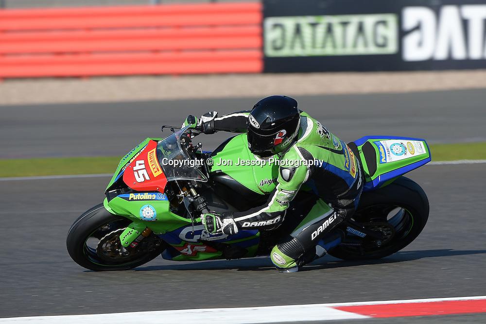 #45 Tom Fisher G&S Racing Kawasaki Pirelli National Superstock 1000