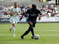 Photo: Adam Davies.<br />Swansea City v Southend United. Coca Cola League 1. <br />southends shaun goater.<br />29/04/2006.<br />Southend's Shaun Goater.