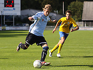 FODBOLD: Kienn Jensen (Helsingør) er sluppet fri under kampen i Danmarksserien, pulje 1, mellem Elite 3000 Helsingør og NB Bornholm den 30. august 2009 på Helsingør Stadion. Foto: Claus Birch