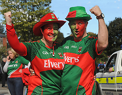 Pictured at the All Ireland Football Final Dee McNeela and Geoff Langrell from Newport.<br />