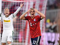 Fussball  1. Bundesliga  Saison 2018/2019  7. Spieltag  FC Bayern Muenchen - Borussia Moenchengladbach      06.10.2018 Enttaeuschung FC Bayern Muenchen; Joshua Kimmich  ----DFL regulations prohibit any use of photographs as image sequences and/or quasi-video.----