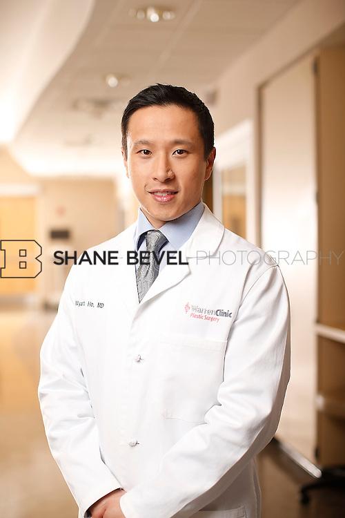 1/14/16 6:14:06 PM --  Warren Clinic Plastic Surgeons. <br /> <br /> Photo by Shane Bevel
