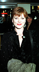 SAMANTHA BOND at a film premier in London on 11th January 2000.OAB 68