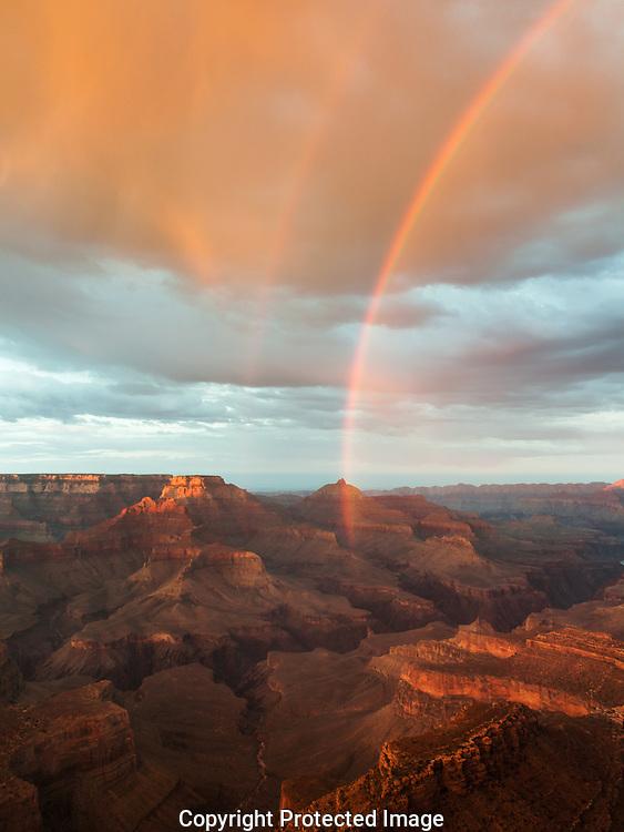 Grand Canyon, National Park, Arizona, sunset, rain, showers, storm, cloud, curtain, virga, rainbow, South Rim,