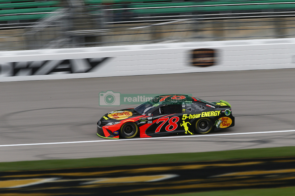 October 19, 2018 - Kansas City, Kansas, United States of America - Martin Truex, Jr (78) hangs out in the garage during practice for the Hollywood Casino 400 at Kansas Speedway in Kansas City, Kansas. (Credit Image: © Justin R. Noe Asp Inc/ASP via ZUMA Wire)