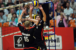 04.09.2010, Anhalt Arena, Dessau, GER, Vorbereitung Volleyball WM 2010, Laenderspiel Deutschland ( GER ) vs. Russland ( RUS ) 1:3, im Bild Max Guenthoer (#15 GER), Simon Tischer (#4 GER). EXPA Pictures © 2010, PhotoCredit: EXPA/ nph/   Conny Kurth+++++ ATTENTION - OUT OF GER +++++
