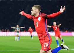 Englands Jamie Vardy celebrates the equalsing goal 2-2 - Mandatory by-line: Matt McNulty/JMP - 26/03/2016 - FOOTBALL - Olympiastadion - Berlin, Germany - Germany v England - International Friendly