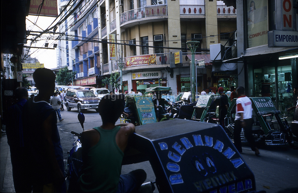 STREET DISORDER, MANILA, LUZON, THE PHILIPPINES