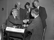 22/07/1952<br /> 07/22/1952<br /> 22 July 1952<br /> Irish Chess Championships at Newman House, St Stephen's Green, Dublin.