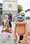 07/09/2015 repro free Ro&iacute;s&iacute;n Majecki with Puppets Glib&iacute;n from from Saol Faoi Shr&aacute;id, F&iacute;b&iacute;n Theatre Company to announce the 19th Babor&oacute; International Arts Festival for Children which takes place in Galway from October 12 - 18. This year&rsquo;s festival offers a creative extravaganza for all ages and a journey for the heart and soul. With seven days of theatre, puppetry, dance, music, animation, exhibitions and workshops, the festival will enthrall young and old alike. http://baboro.ie<br /> Photo:Andrew Downes, xposure.<br /> <br /> ( F&iacute;b&iacute;n Theatre Company&rsquo;s show Saol Faoi Shr&aacute;id which is part of the the 2015 Babor&oacute; Festival).