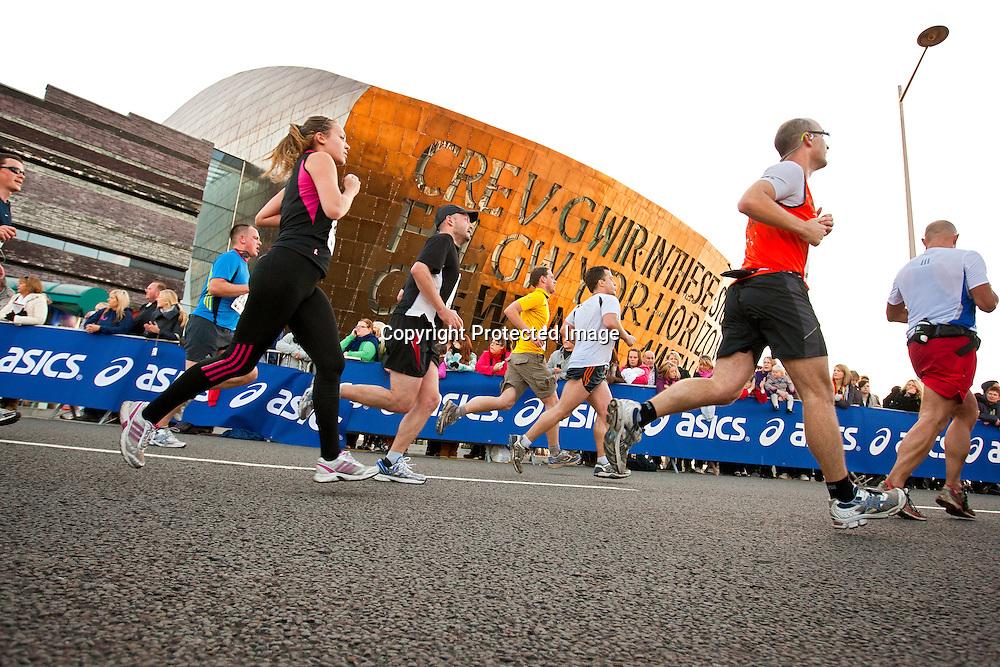Runners near finish at Wales Millennium Centre<br /> Cardiff Half Marathon 2010<br /> Running<br /> Athletics<br /> Sports<br /> Events