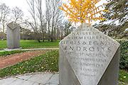 Monument des droits de l'homme dans le parc de la Tête d'Or // Human rights monument in Parc de la Tête d'Or