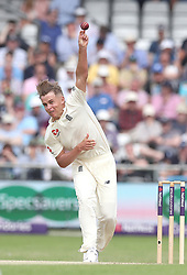 England's Sam Curran bowls to Pakistan's Usman Salahuddin, during day one of the second Investec Test Match at Headingley Carnegie, Leeds.