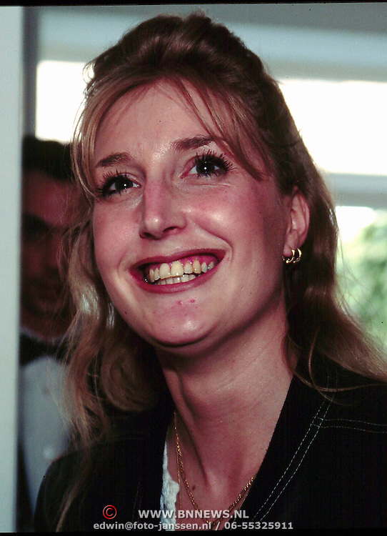 Expositie opening Patty Harpenau, Iris Nieuwboer