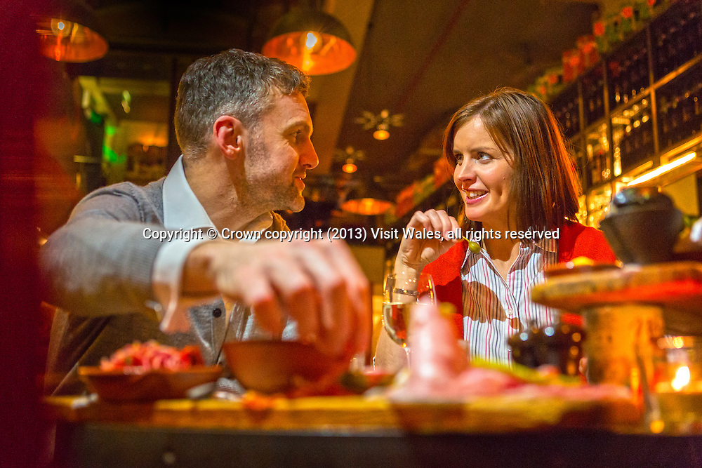 Couple dining<br /> Jamie's Italian<br /> Cardiff<br /> Lifestyle<br /> People<br /> South<br /> Restaurants
