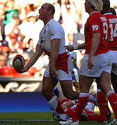 Twickenham, GREAT BRITAIN, Lawrence DALLAGLIO, jesters to the crowd after scoring his try, during the Investic Rugby match between, England and Wales, at Twickenham Rugby  Ground, England Sat. 04.07.2007  [Photo, Peter Spurrier/Intersport-images].....