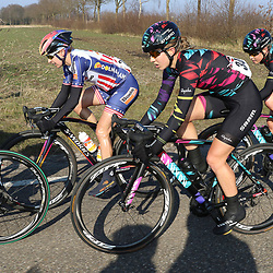13-03-2016: Wielrennen: Acht van Dwingeloo: Dwingeloo<br />DWINGELOO (NED) wielrennen<br />Megan Gaunier, Alexis Ryan, Tiffany Cromwell