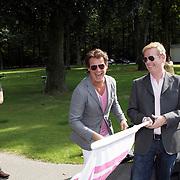 NLD/Amsterdam/20080910 - Beau Monde Rally 2008, start door John  Lukken en Leco Zadelhoff