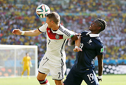 04.07.2014, Maracana, Rio de Janeiro, BRA, FIFA WM, Frankreich vs Deutschland, Viertelfinale, im Bild Bastian Schweinsteiger from Germany fights for the ball against Patrice Evra from France // during quarterfinals between France and Germany of the FIFA Worldcup Brazil 2014 at the Maracana in Rio de Janeiro, Brazil on 2014/07/04. EXPA Pictures © 2014, PhotoCredit: EXPA/ Eibner-Pressefoto/ Cezaro<br /> <br /> *****ATTENTION - OUT of GER*****