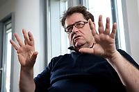 "22 FEB 2012, BERLIN/GERMANY:<br /> Dr. Michael Halbherr, Executive Vice President Location & Commerce Nokia, waehrend einem Interview, Nokia ""Lindencorso""<br /> IMAGE: 20120222-01-029"