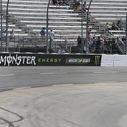 D1704MISS STP 500 at Martinsville Speedway