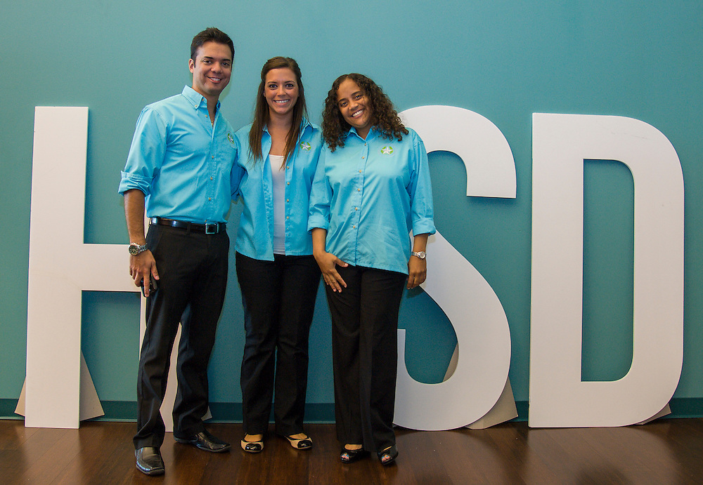 """Incoming Houston ISD teachers pose as the """"I"""" in HISD during the New Teacher Academy, July 28, 2014."""
