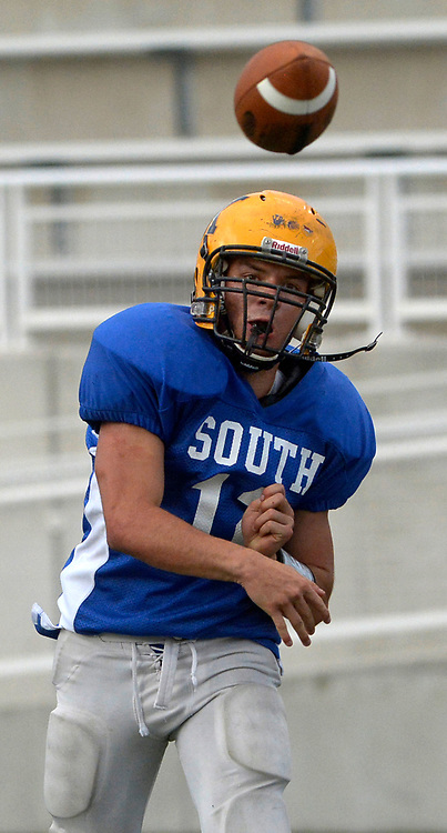 gbs072517k/SPORTS -- South quarterback Drew Ortiz of St. Pius passes the ball during the North South All-Star game in Nusenda Community Stadium in Albuquerque on Tuesday, July 25, 2017.(Greg Sorber/Albuquerque Journal)