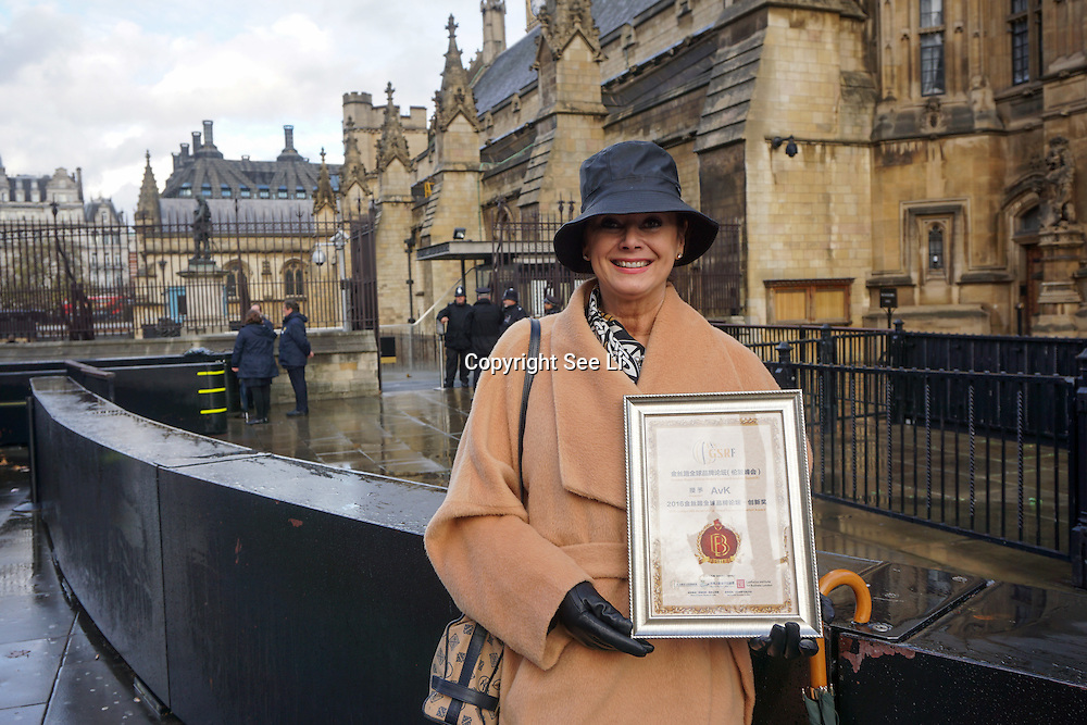 Baroness Anette von Kohorn zu Kornegg recieve the 2016 Golden Silk Road Global Brand Forum Innovation Awards host by Golden Silk Road Global Brand Forum at the Parliament, London,UK. Photo by See Li