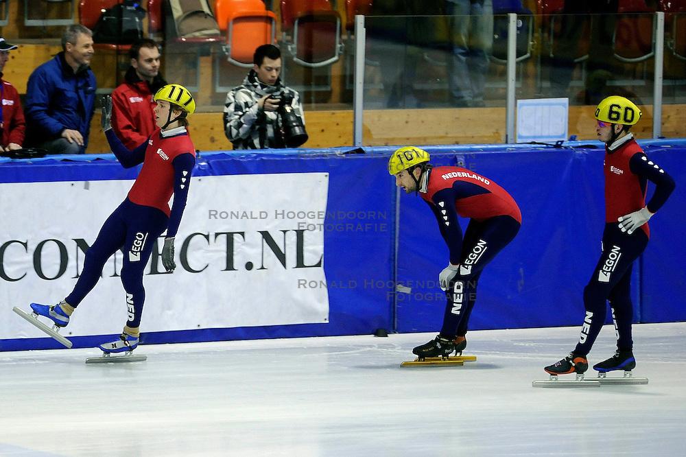 22-03-2009 SHORTTRACK: NK SHORTTRACK: ZOETERMEER<br /> Ingmar van Riel 117 wint de 3000 meter, Sjinkie Knegt 60 en Niels Kerstholt<br /> &copy;2009-WWW.FOTOHOOGENDOORN.NL