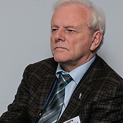 NLD/Den Haag/20111114 - Perslunch Virgin Galactic iav Sir Richard Branson, Piet Smolders