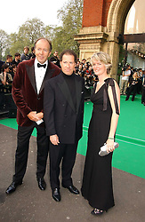 Left to right, LORD BRUCE DUNDAS, VISCOUNT LINLEY and LADY BRUCE DUNDAS at the NSPCC's Dream Auction held at The Royal Albert Hall, London on 9th May 2006.<br /><br />NON EXCLUSIVE - WORLD RIGHTS