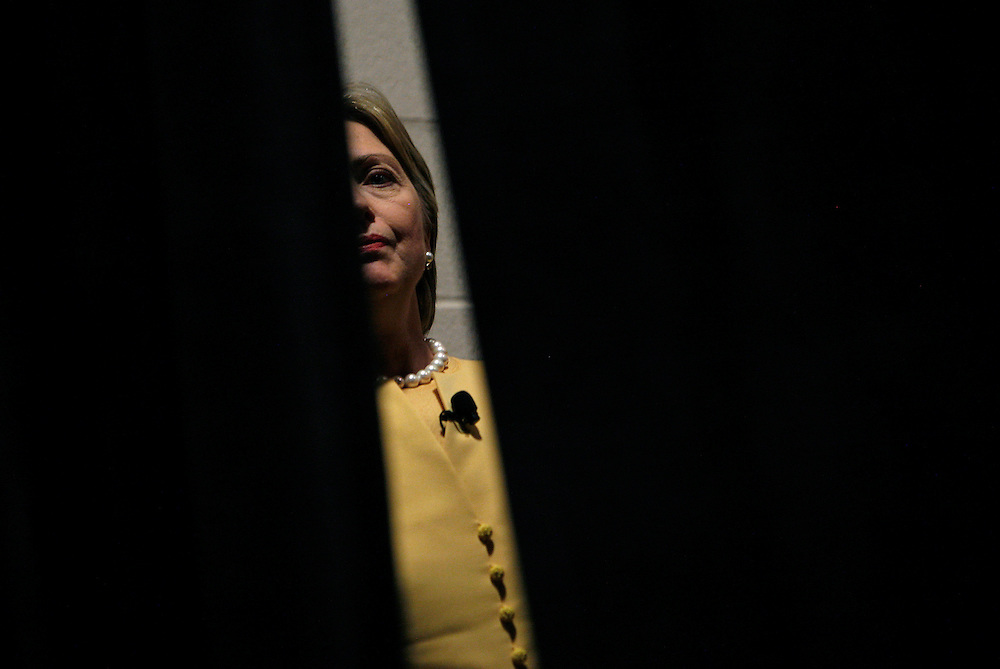 U.S. Senator and Democratic presidential candidate Hillary Rodham Clinton waits back stage to speak at a town hall meeting in Greenville, South Carolina, April 27, 2007. REUTERS/Jim Young