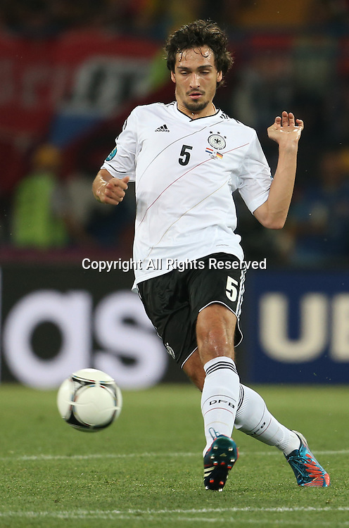 13.06.2012 Ukraine, Kharkiv.  German national team player Mats Hummels in the group stage European Football Championship match between teams of the Netherlands and Germany.