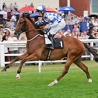 Liberty Jack and George Baker winning the 5.55 race