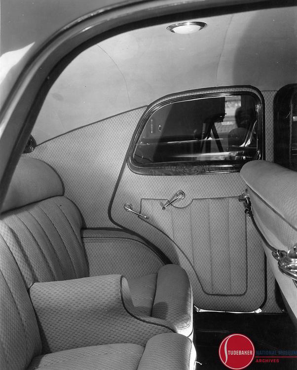 Land Cruiser >> 1934 Land Cruiser rear seat.jpg | Studebaker Archives