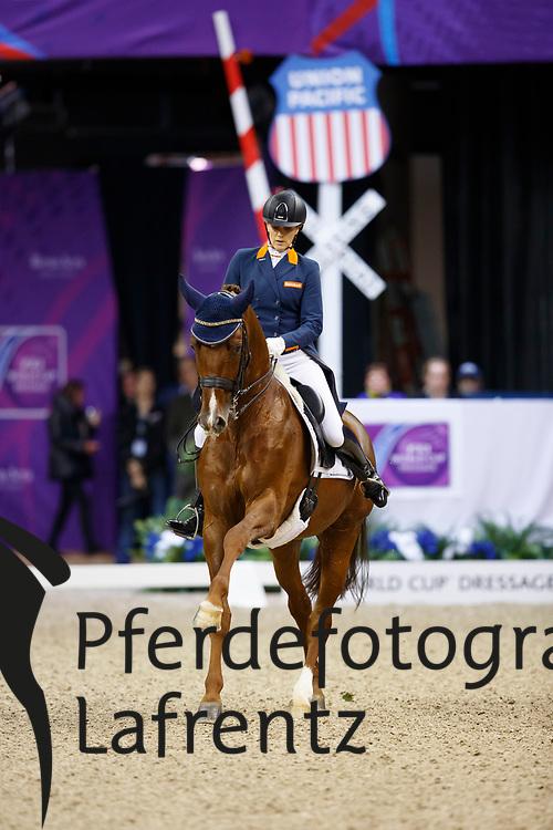 Witte-Vrees, Madeleine (NED) Cennin<br /> Omaha - Weltcup Finale Dressur und Springen 2017<br /> Stefan Lafrentz