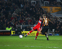 Photo: Andrew Unwin.<br />Hull City v Middlesbrough. The FA Cup. 06/01/2007.<br />Middlesbrough's Mark Viduka (L) scores his team's first goal.