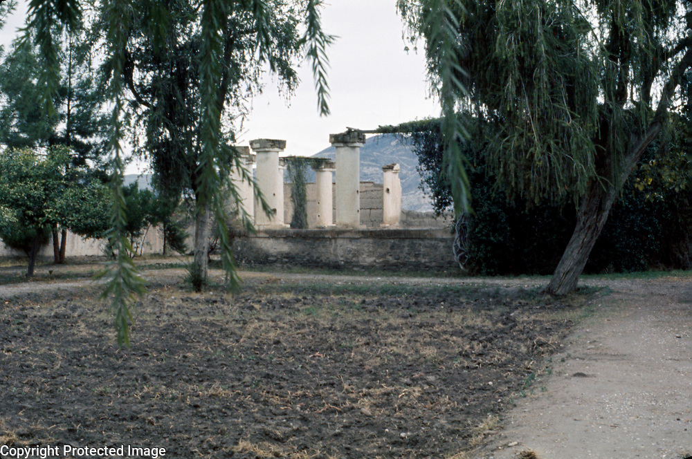 February 1976<br /> Chihlsitoon (Forty Pillars), a terraced pavilion on the banks of the Kabul River within the grounds of the haremserai.