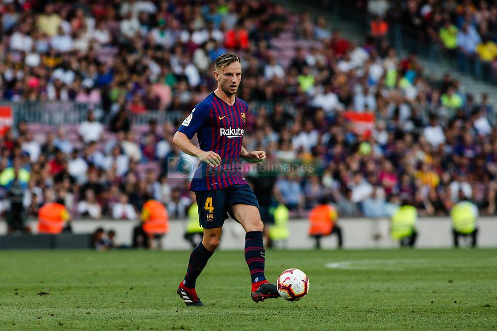 صور مباراة : برشلونة - هويسكا 8-2 ( 02-09-2018 )  20180902-zaa-a181-049
