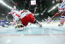 21.01.2011, Arena Ice Fever, Zagreb, CRO, EBEL, KHL Medvescak Zagreb vs EC KAC, im Bild Chiodo vs Andy. EXPA Pictures © 2010, PhotoCredit: EXPA/ nph/ Pixsell +++++ ATTENTION - OUT OF GERAMANY / GER, CROATIA / CRO, SWEDEN / SWE +++++