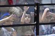 DESCRIZIONE : Bologna Lega A 2015-16 Obiettivo Lavoro Virtus Bologna - Umana Reyer Venezia<br /> GIOCATORE : Pubblico Tifosi<br /> CATEGORIA : Pubblico<br /> SQUADRA : Umana Reyer Venezia<br /> EVENTO : Campionato Lega A 2015-2016<br /> GARA : Obiettivo Lavoro Virtus Bologna - Umana Reyer Venezia<br /> DATA : 04/10/2015<br /> SPORT : Pallacanestro<br /> AUTORE : Agenzia Ciamillo-Castoria/GiulioCiamillo<br /> <br /> Galleria : Lega Basket A 2015-2016 <br /> Fotonotizia: Bologna Lega A 2015-16 Obiettivo Lavoro Virtus Bologna - Umana Reyer Venezia