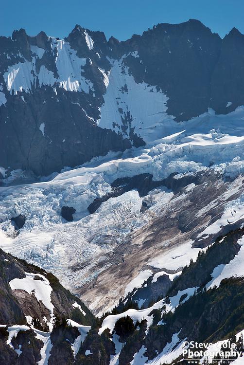 Jagged Ridge & Nooksack Cirque - North Cascades National Park