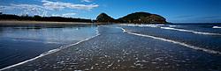 AUSTRALIA QUEENSLAND ROSSLYN BAY 20FEB08 - Beach and surf at Rosslyn Bay beach, Queensland, Australia...jre/Photo by Jiri Rezac..© Jiri Rezac 2008..Contact: +44 (0) 7050 110 417.Mobile:  +44 (0) 7801 337 683.Office:  +44 (0) 20 8968 9635..Email:   jiri@jirirezac.com..Web:    www.jirirezac.com..© All images Jiri Rezac 2008 - All rights reserved.