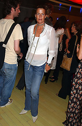INDIA HICKS at a fashion show by ISSA held at Cocoon, 65 Regent Street, London on 21st September 2005.<br /><br />NON EXCLUSIVE - WORLD RIGHTS